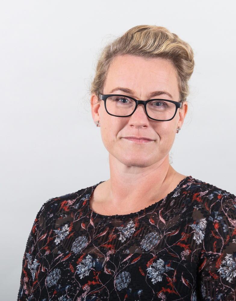 Lina Isaksson, Kommunikationsdirektör