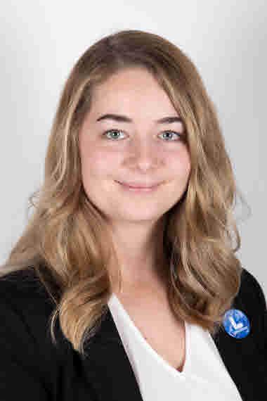 Johanna Wyckman (L)